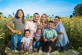 Carlos Rebekah CFL Family-5.jpg