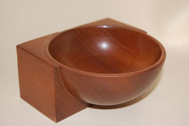Mahogany emerging bowl
