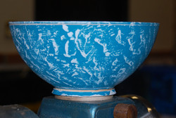 Coloured & textured bowl