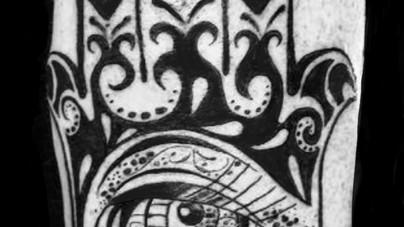 Camille Natural Canvas Tattoo Hamsa.jpg