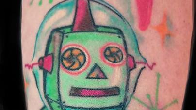 Camille Natural Canvas Tattoo Robot.jpg