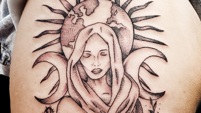 Camille Natural Canvas Tattoo Earth Lady.jpg