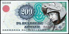 200 Kr-med politihjelm.jpg