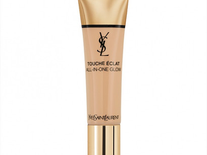 Yves Saint Laurent Touche Eclat All In One Glow foundation spf15