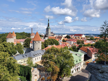 On Movements and Revolutions around the Baltic Sea: Part I