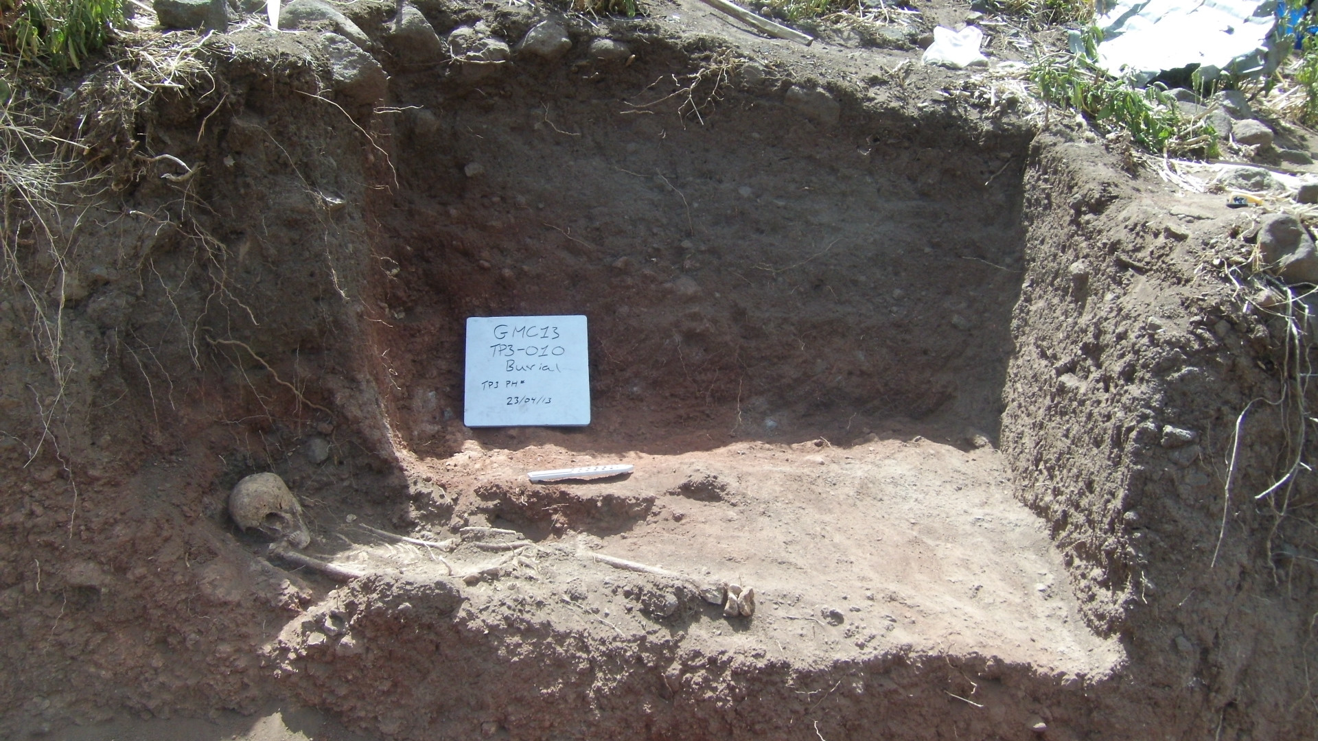 The skeleton found at the bottom of Test Pit 3, dug during rescue archaeology at Gännätä Maryam, 2013