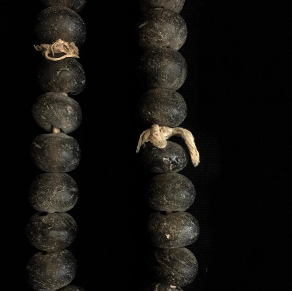 アフリカ ガラス玉 装身具