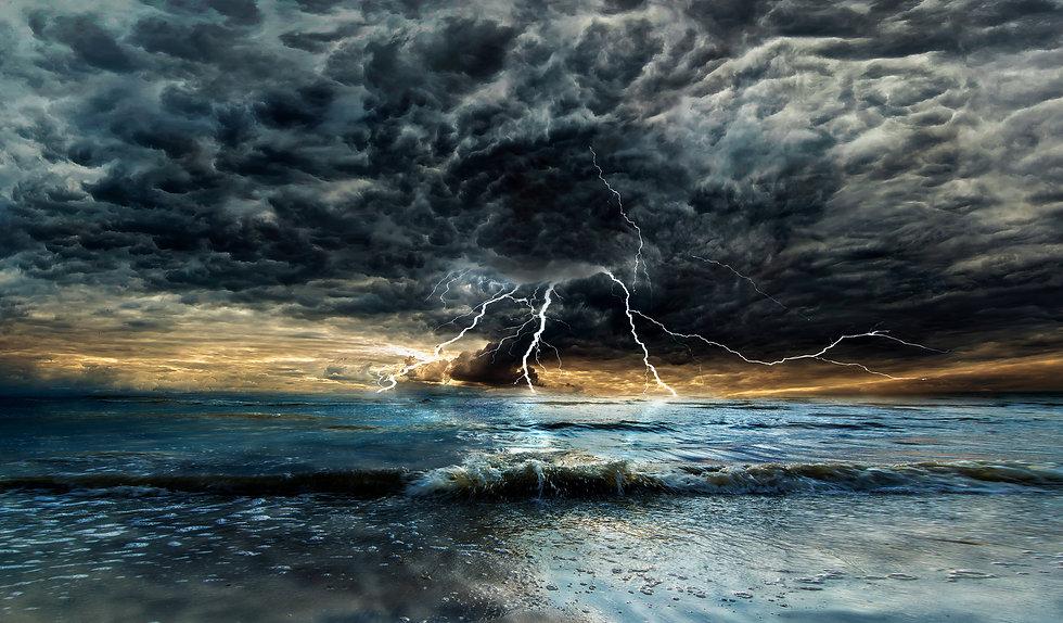Lighting on the ocean.jpg
