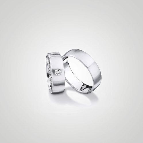Aros de matrimonio clásicos con diamante