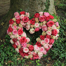 Funeral flowers, sympathy flowers, memorial tributes, beautiful funeral flowers made with love and respect