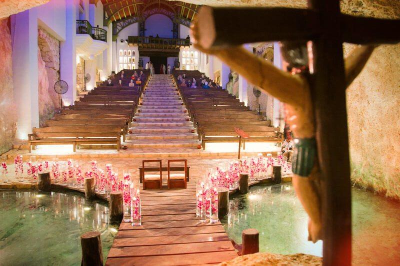 mariage original, mariage à l'étranger, mariage de destination, destination wedding, organisation de mariage à l'étranger, wedding planner, se marier dans un cenote, secret wed