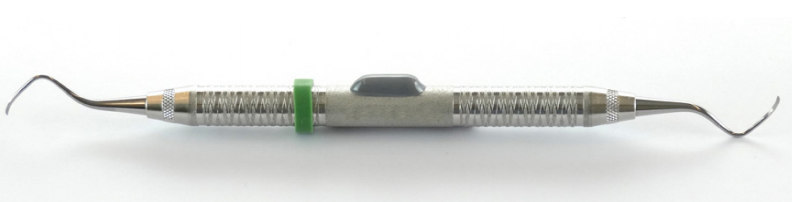 Xerafy Autoclavable Dash XS attached on a dental instrument