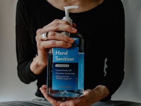 พบแอลกอฮอล์ล้างมือเป็นพิษอย่างน้อย 21 ตัวในท้องตลาด อีสานป่วยโควิด-19 แล้ว 94 ราย