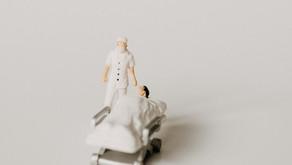 กินลาบกับ หมอ-พยาบาล : เรื่องสยองของโควิด-19