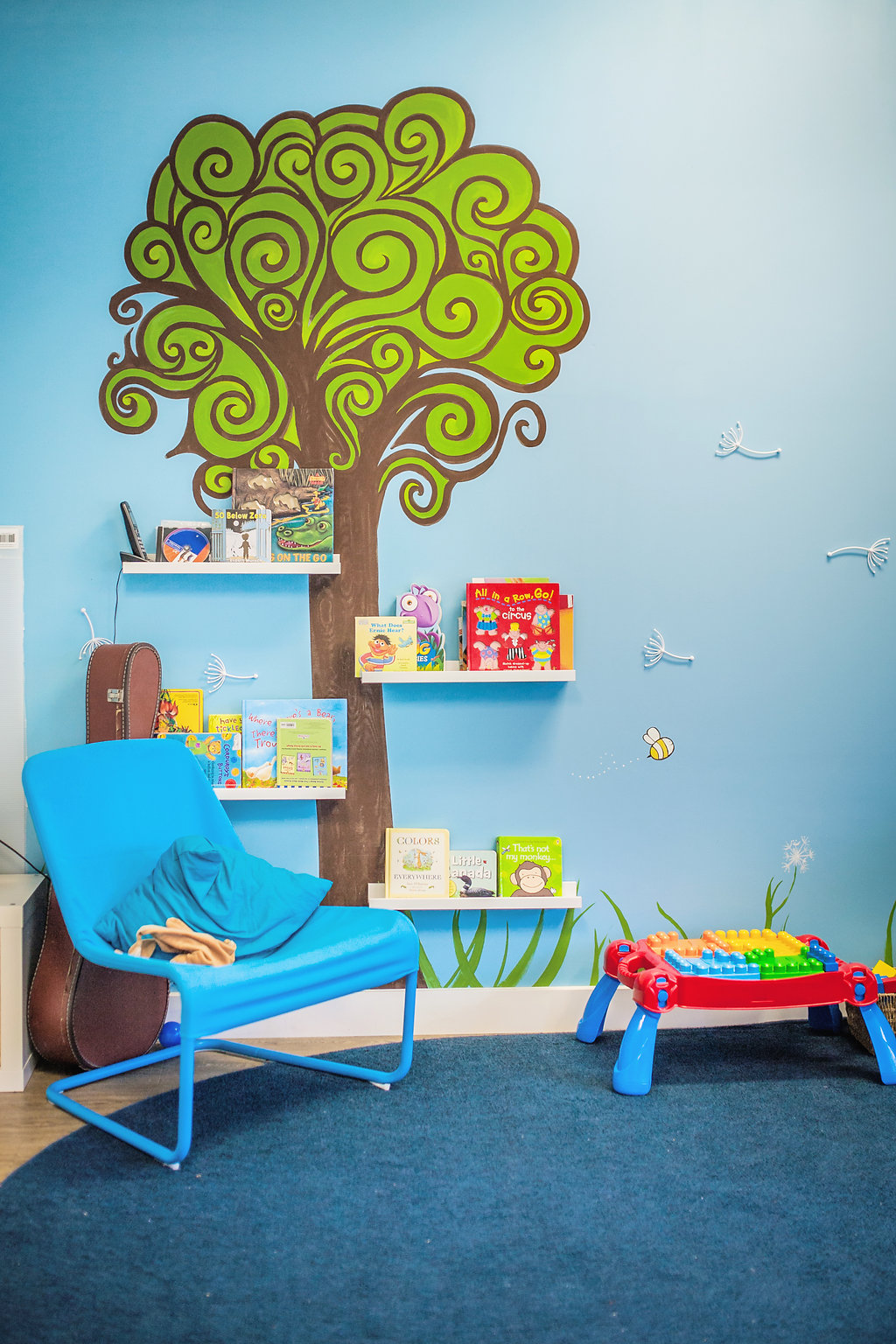 Infant/Toddler book tree
