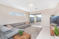 1 Olearia Alley
