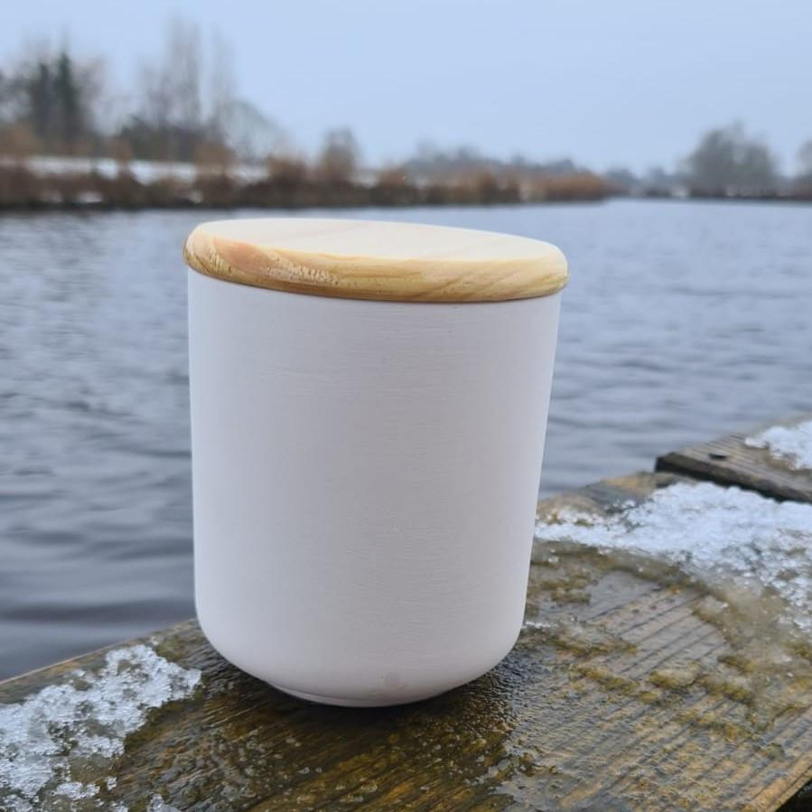 Dose mit Holzdeckel (L) 20€