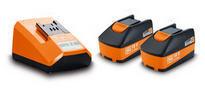 set de deux batteries au lithium  avec chargeur  92604300030