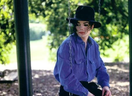 """""""אדם חף מפשע"""" - השיר האבוד של מייקל ג'קסון"""