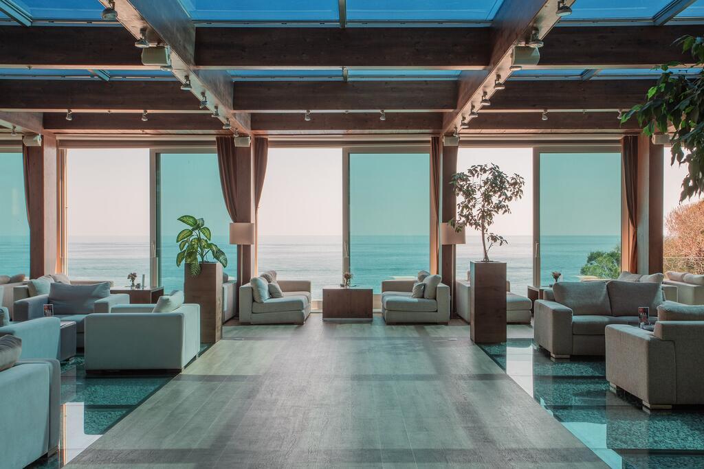 Avala Resort