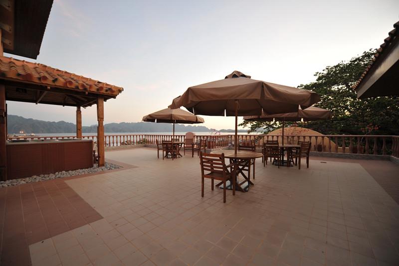 Coron Corto del Mar Hotel