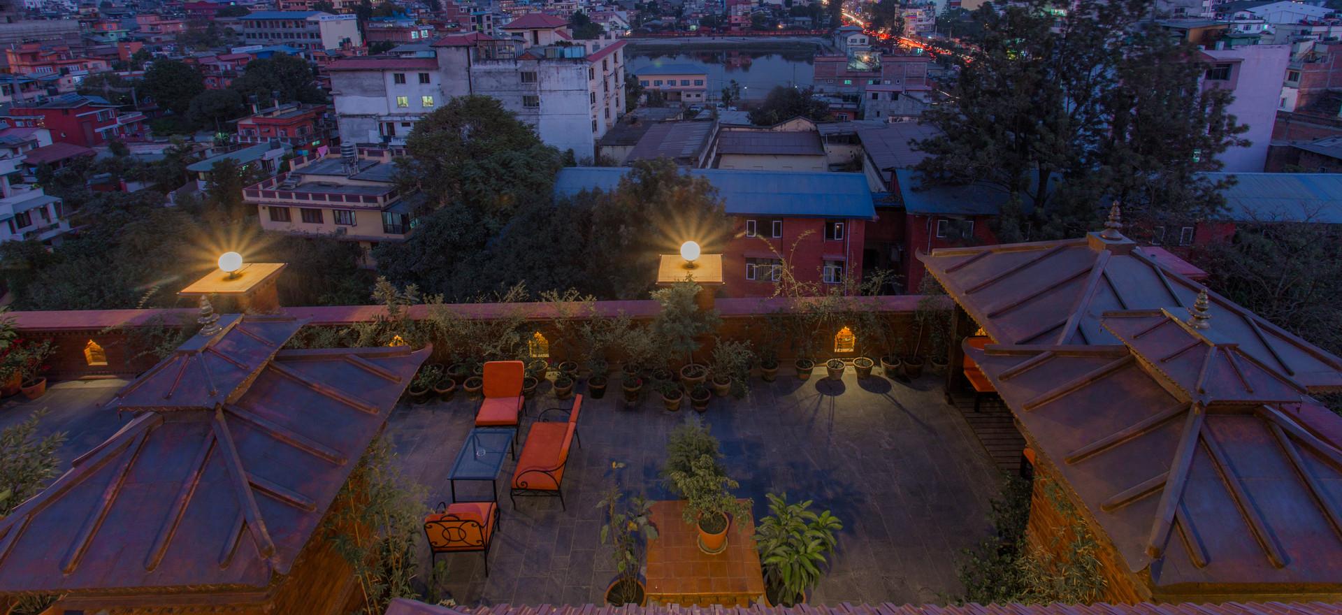 Uitzicht dakterras Traditional Comfort Hotel
