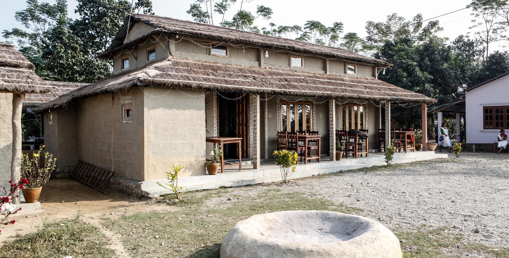 Barauli Community Homestay - Restaurant