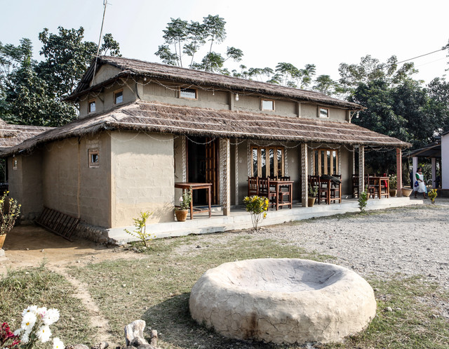 Barauli Community Homestay - Restaurant