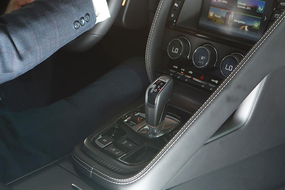 automobile-interior-10