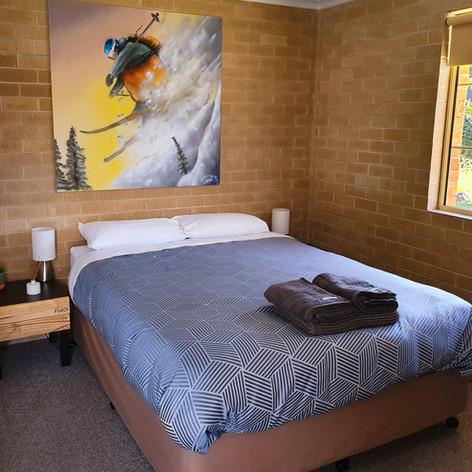 Room 1 (1).jpg