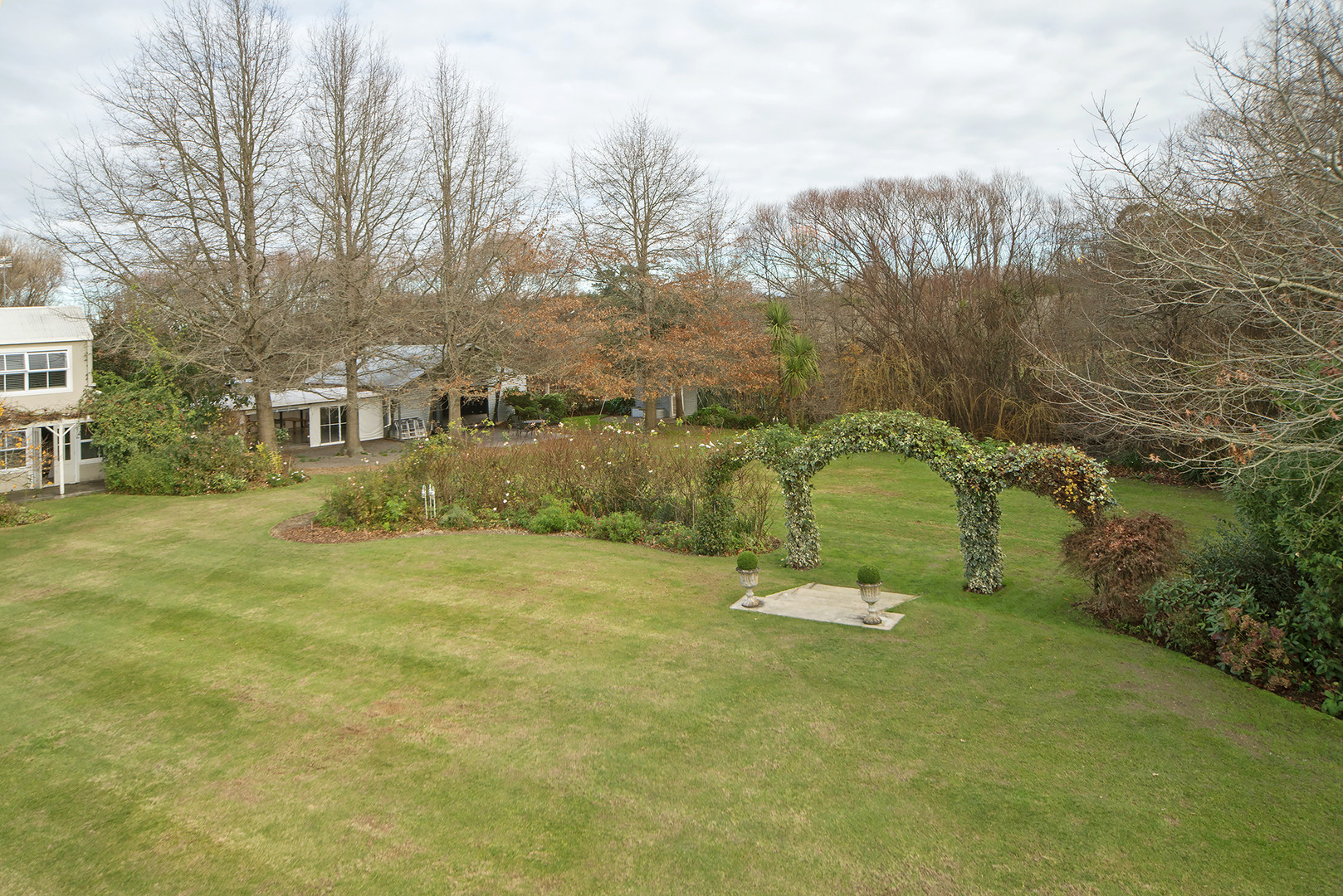 Landing at Homebush, Masterton - Rose and Ivy Archway 3