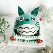 8-inch Totoro knock knock surprise cake