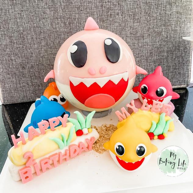 粉色鯊魚敲敲蛋糕