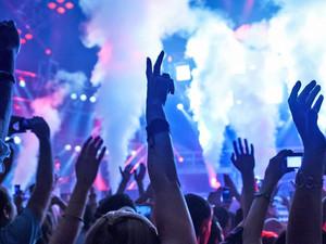 Habilitan los bailes y boliches en Comodoro Rivadavia: podrán abrir hasta las 5 de la mañana