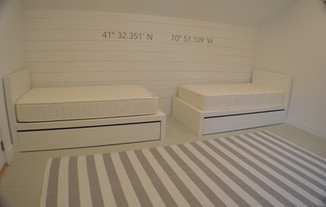 Dual Singles with Underbed Storage