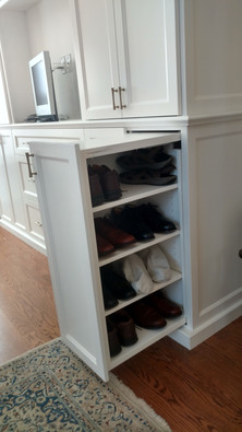 Pull Out Shoe Storage