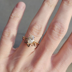 9k yellow gold engagement ring with 1 carat diamond