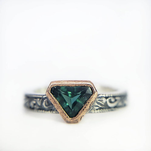 Daedra teal ring