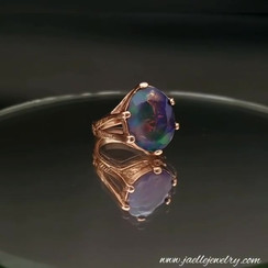 Rose gold ring with ephiopian opal