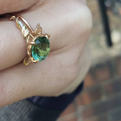 18k white and rose gold ring with Tourmaline