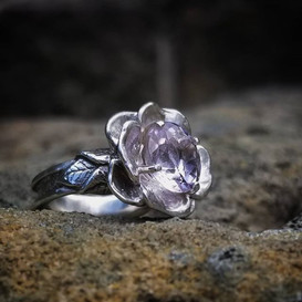 Sterling silver flower ring with amethyst