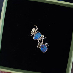 18k white gold set with black opals