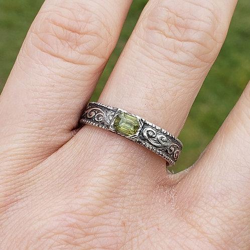 Valkyrie apprentice sapphire ring