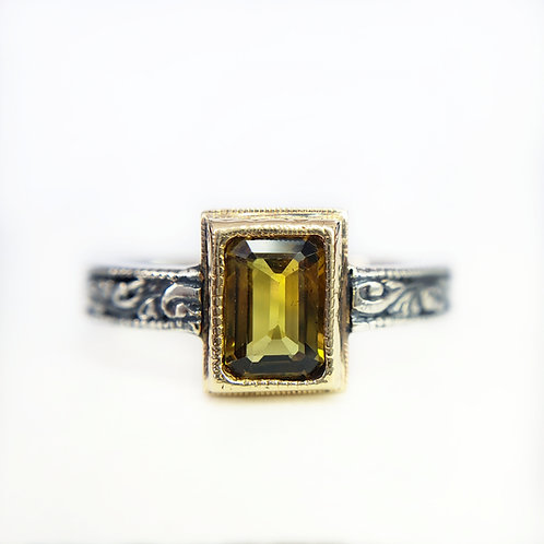 Daedra ring with tourmaline