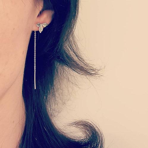 Leaf trio chain earrings