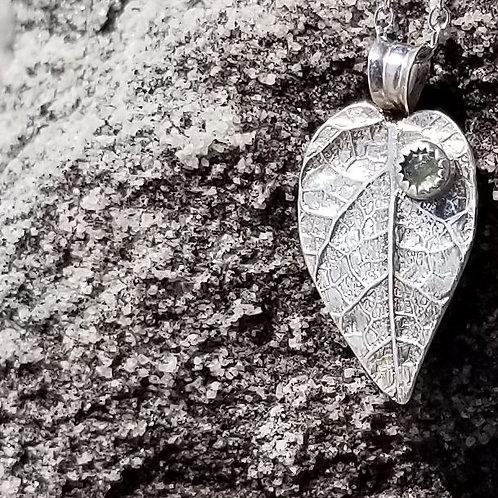 Serenity Green Leaf
