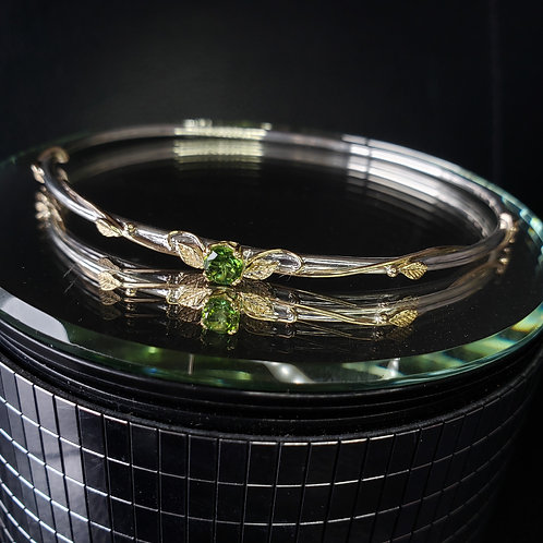 Tissaia bangle with tourmaline