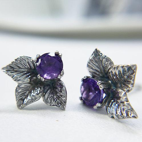 Leaf trio earrings with amethyst