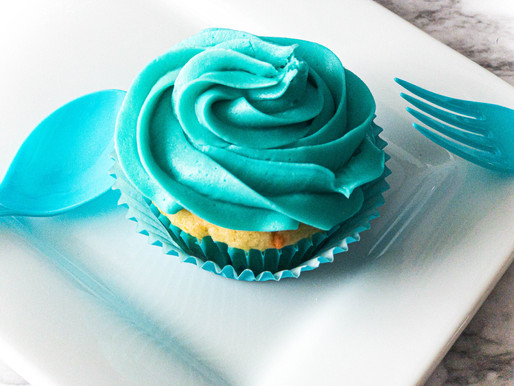 Irresistibly  Fluffy Vanilla Buttercream Frosting - That You Absolutely Must Try!