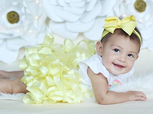 light yellow tutu skirt on baby girl